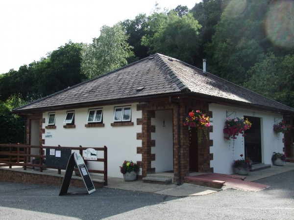 Cenarth-Falls-Toilet-Block
